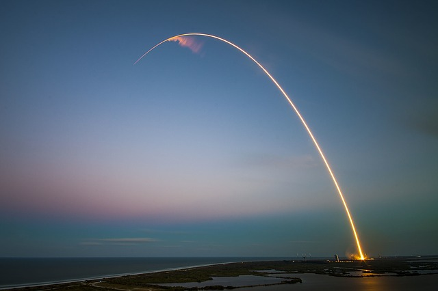 spuštění rakety
