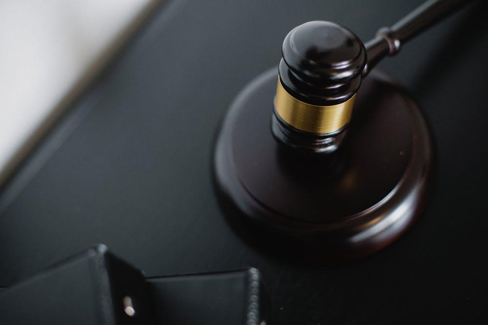 soudní spor